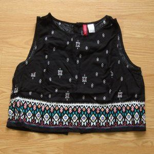 H&M Divided Patterned Crop Top | Size 8